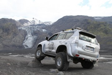 Arctic Trucks LC150 AT38
