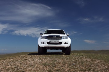 RUS: Arctic Trucks Hilux AT35